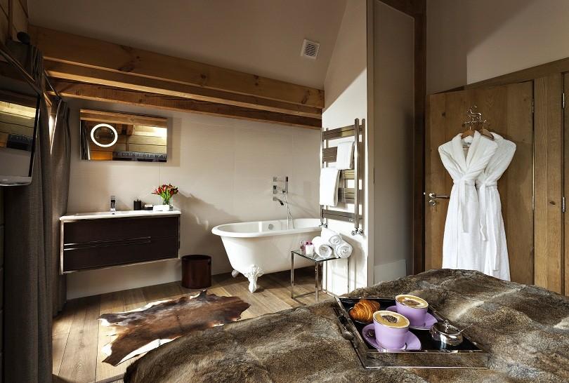 grande-corniche-bedroom-4-bathroom-12