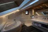 Hotel-Alpina-salle-de-bain-location-appartement-chalet-Les-Gets