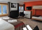 Hotel-Grande-Laniere-chambre-quadruple-location-appartement-chalet-Les-Gets