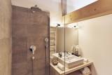 Hotel-Lodge-Le-Chasse-Montagne-salle-de-bain-location-appartement-chalet-Les-Gets