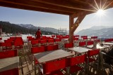 Hotel-Lodge-Le-Chasse-Montagne-terrasse-hiver-location-appartement-chalet-Les-Gets