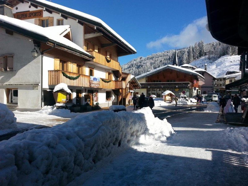 Hotel Alpen Sports - Les Gets - the old village in the winter
