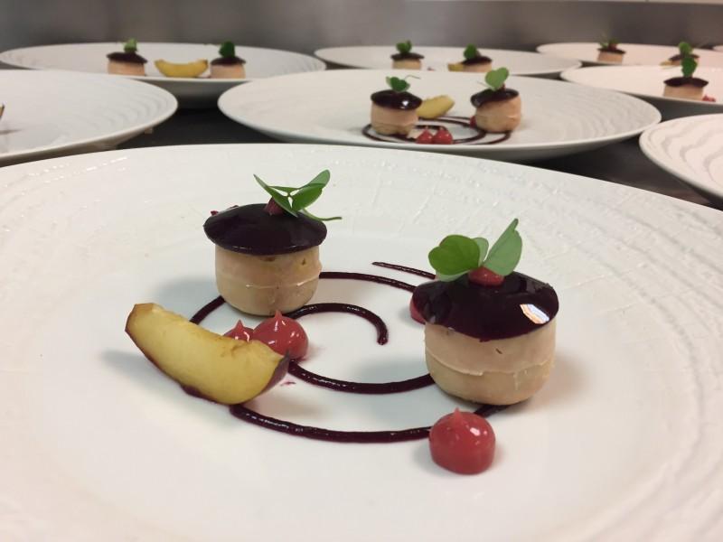 Hotel-Alpina-restaurant-location-appartement-chalet-Les-Gets