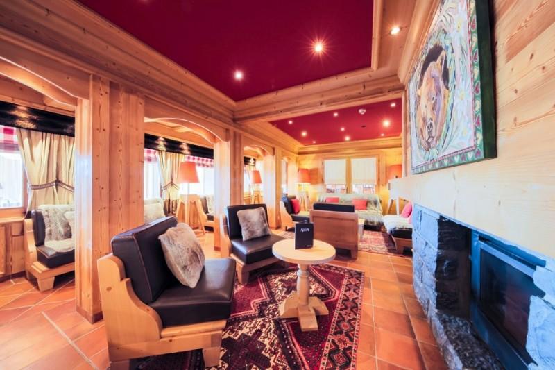 Hotel-Alpina-salon-location-appartement-chalet-Les-Gets