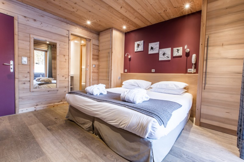 Hotel-Crychar-chambre-double-confort-location-appartement-chalet-Les-Gets