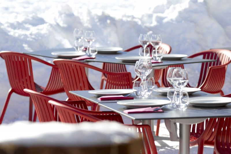 Hotel-Crychar-terrasse-location-appartement-chalet-Les-Gets