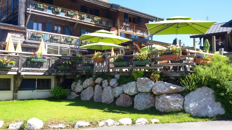 Hotel La Croix Blanche - Les Gets - the terrace in the summer