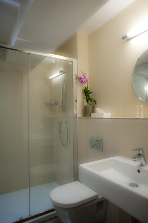 Hotel Le Chamois d'Or - Les Gets - bath room - Hotel & Spa - Boutique Hotel