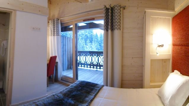 Adelphine-5-chambre-lit-double-location-appartement-chalet-Les-Gets