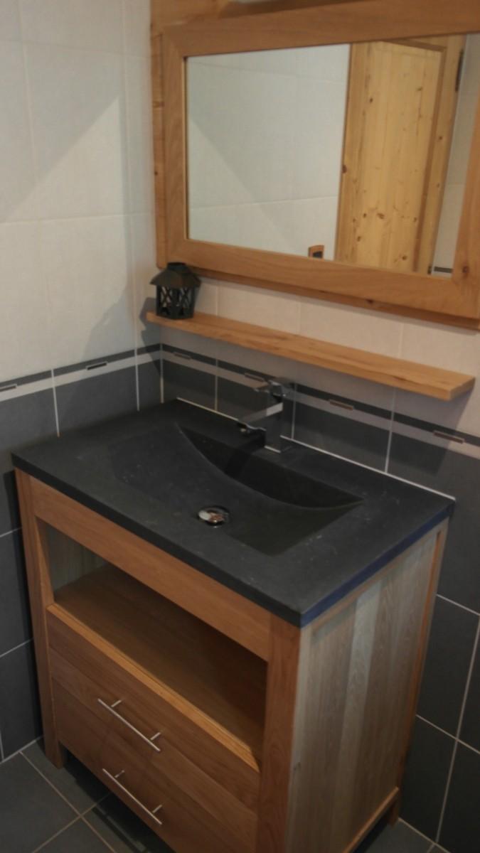 Beau-Sejour-6-salle-de-bain-lavabo-location-appartement-chalet-Les-Gets