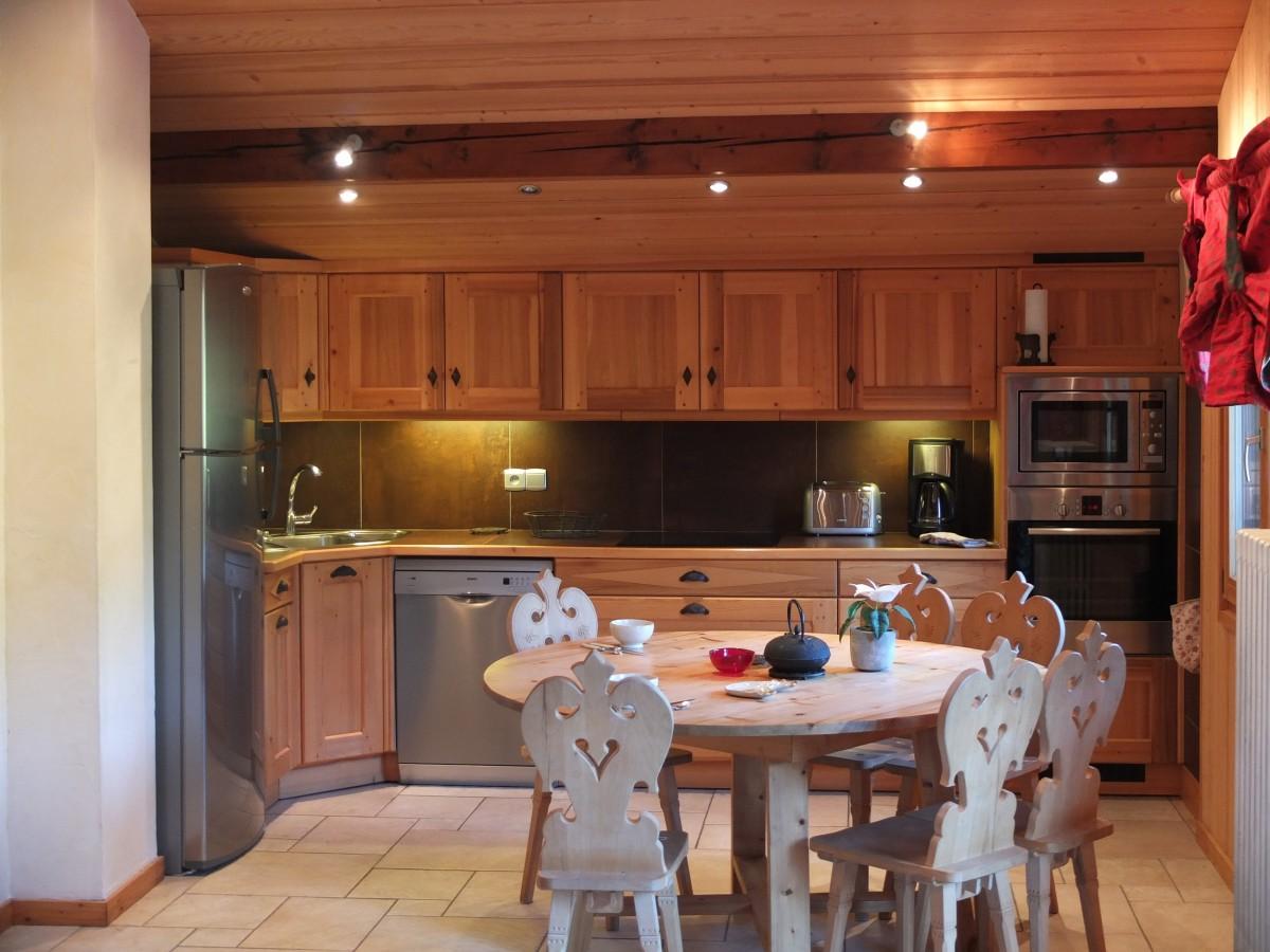 Berthet-Sports-Edelweiss-cuisine-location-appartement-chalet-Les-Gets