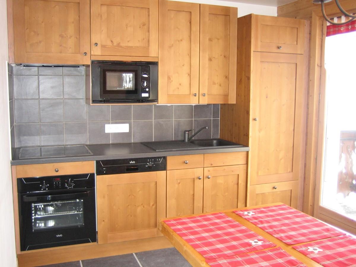 Carry-4-cuisine-location-appartement-chalet-Les-Gets