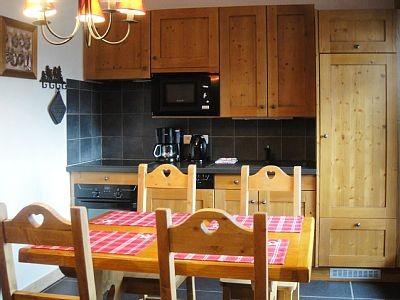 Carry-5-cuisine-location-appartement-chalet-Les-Gets
