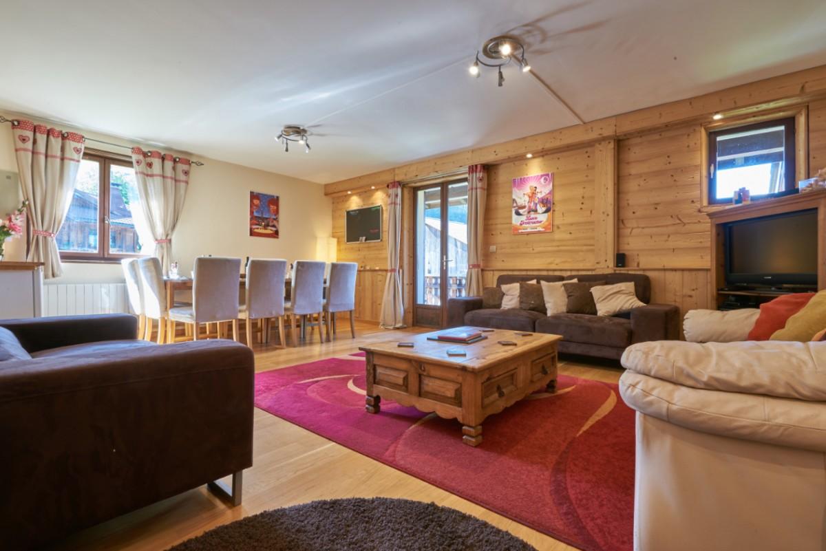 Chalet-Adventure-salon-location-appartement-chalet-Les-Gets