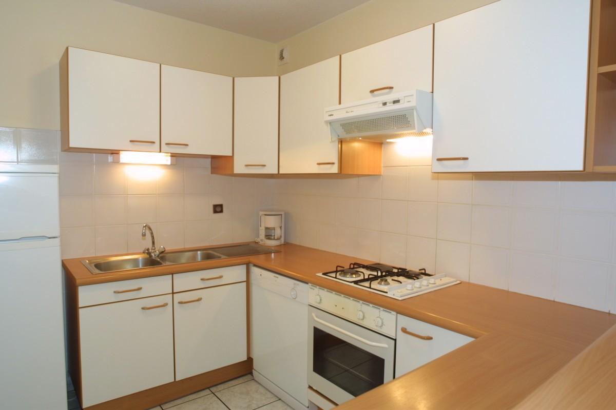 Chamioret-4-Bleuets-cuisine-location-appartement-chalet-Les-Gets