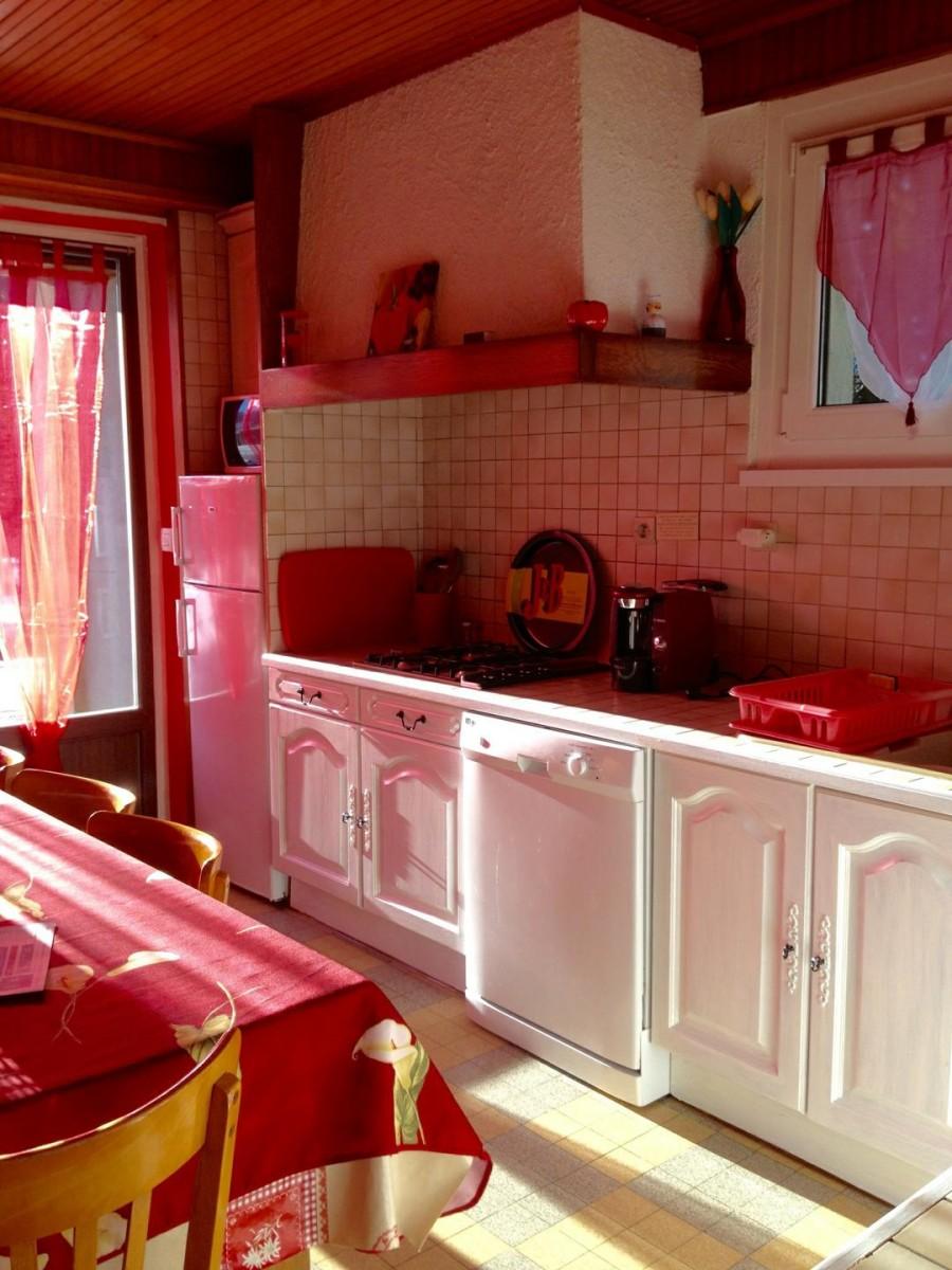 Eau-Vive-8-cuisine-location-appartement-chalet-Les-Gets