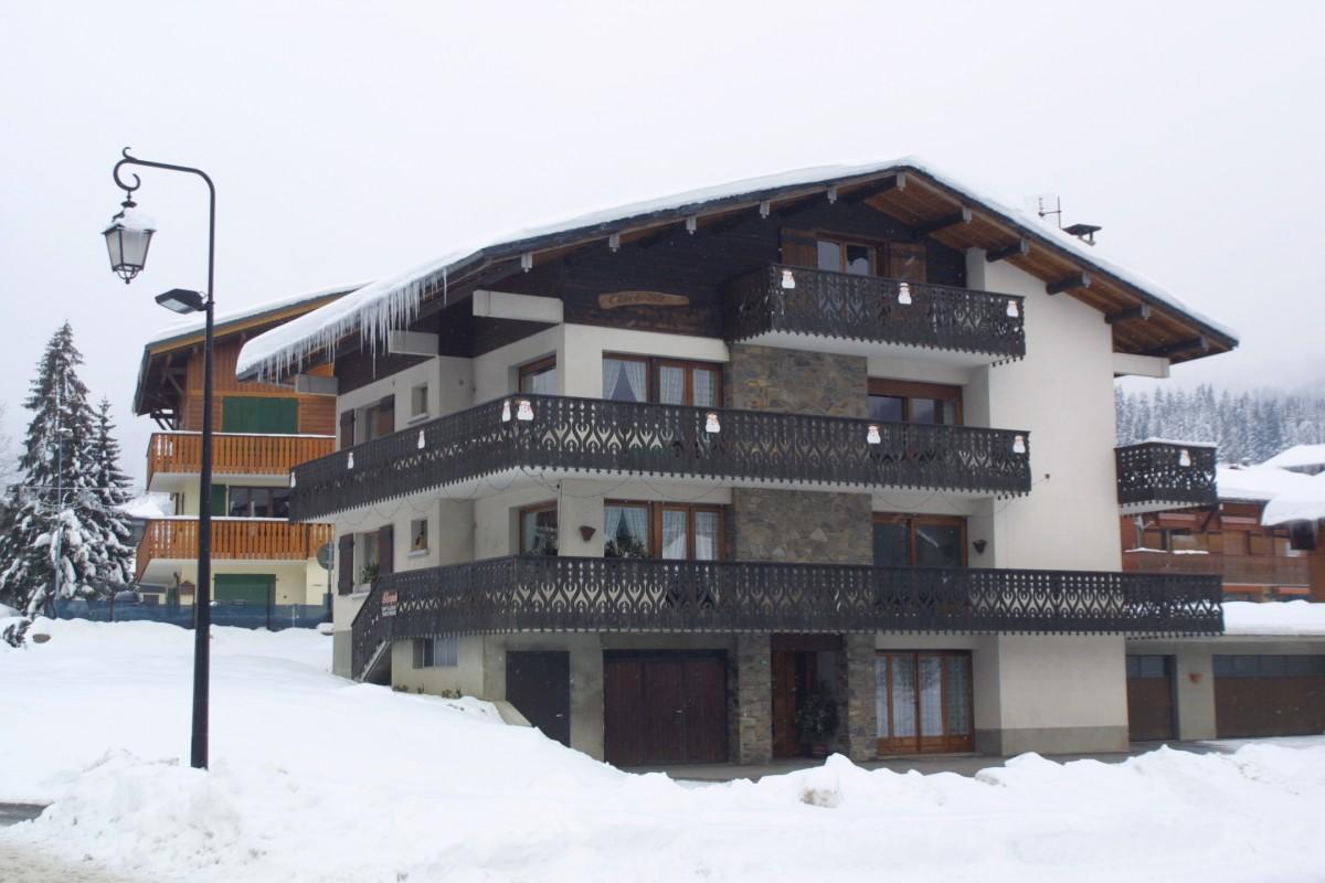 Escapade-3-Turche-exterieur-hiver1-location-appartement-chalet-Les-Gets