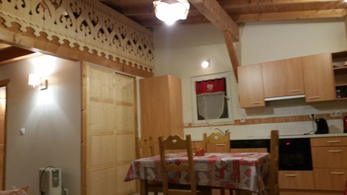Forge-H-cuisine1-location-appartement-chalet-Les-Gets