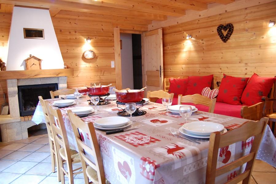 Metrallins-Perce-Neige-sejour1-location-appartement-chalet-Les-Gets