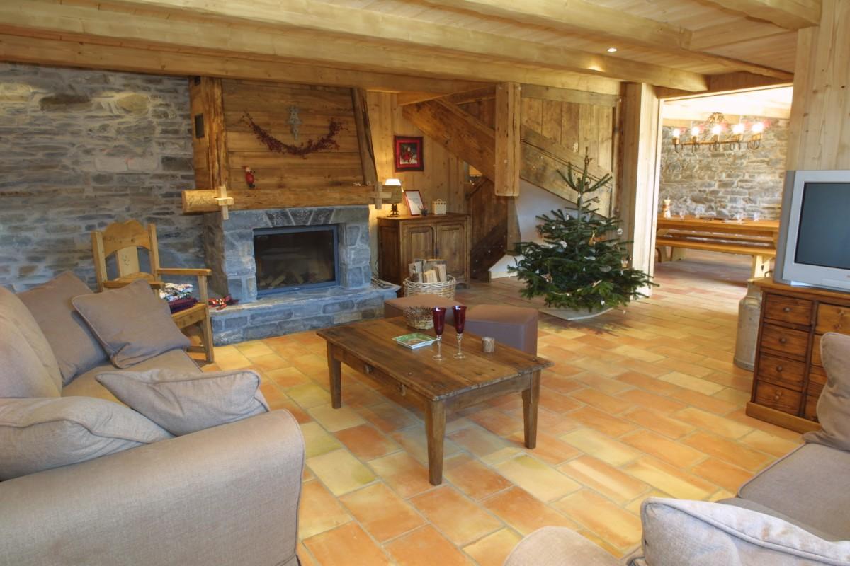 Ramus-Reine-des-Neiges-salon-location-appartement-chalet-Les-Gets