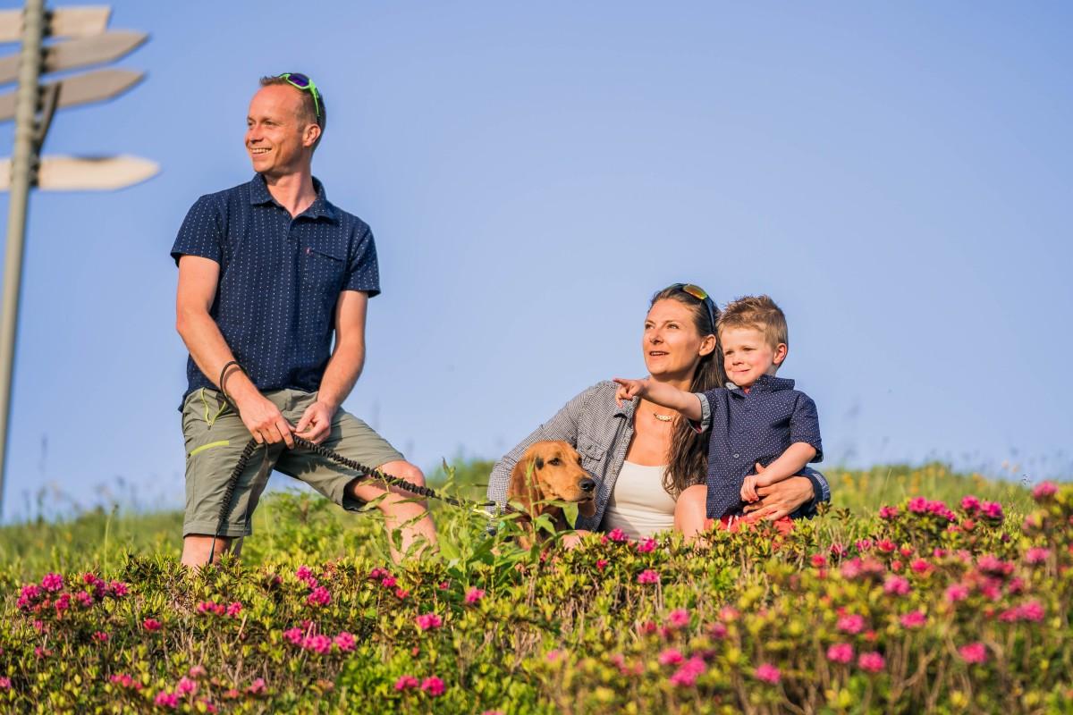 rando-famille-chien-8766-keno-photographie-ot-les-gets-4291520