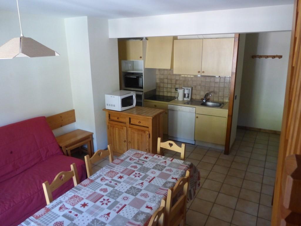 Rhodos-7-sejour1-location-appartement-chalet-Les-Gets