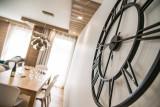 Annapurna-A102-horloge-sejour-location-appartement-chalet-Les-Gets