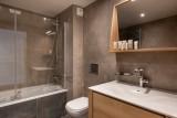 Annapurna-A102-salle-de-bain3-location-appartement-chalet-Les-Gets