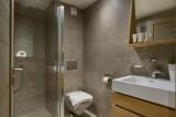 Annapurna-A103-salle-de-bain4-location-appartement-chalet-Les-Gets