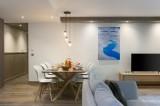 Annapurna-A104-sejour-salle-a-manger-location-appartement-chalet-Les-Gets