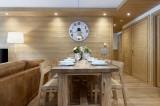 Annapurna-A105-salle-a-manger-location-appartement-chalet-Les-Gets