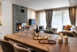Annapurna-A205-salle-a-manger-location-appartement-chalet-Les-Gets