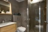 Annapurna-A302-salle-de-bain2-location-appartement-chalet-Les-Gets