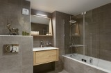 Annapurna-A302-salle-de-bain5-location-appartement-chalet-Les-Gets