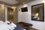 Annapurna-B103-chambre-double3-location-appartement-chalet-Les-Gets