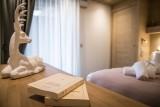 Annapurna-B105-chambre-livres-location-appartement-chalet-Les-Gets