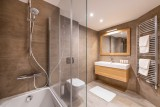 Annapurna-B105-salle-de-bain-location-appartement-chalet-Les-Gets