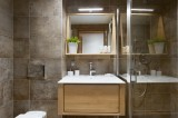 Annapurna-B201-salle-de-bain-location-appartement-chalet-Les-Gets