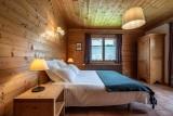 Arolle-Bouquetin-chambre-double2-location-appartement-chalet-Les-Gets