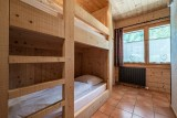 Arolle-Bouquetin-chambre-lits-superposes-location-appartement-chalet-Les-Gets