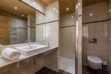Arolle-Ourson-salle-de-bain2-location-appartement-chalet-Les-Gets