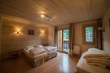 Azalees-7-chambre-lits-simples-location-appartement-chalet-Les-Gets