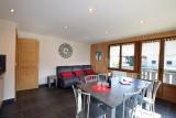 Beau-sejour-1-coin-repas-location-appartement-chalet-Les-Gets