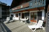 Berthet-Sports-Gentianes-exterieur-terrasse-location-appartement-chalet-Les-Gets