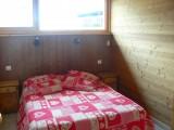 Bleuets-2-chambre-lit-double-location-appartement-chalet-Les-Gets