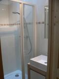 Bleuets-2-salle-de-bain-douche-location-appartement-chalet-Les-Gets