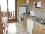 Bois-de-la-dent-3-cuisine-location-appartement-chalet-Les-Gets