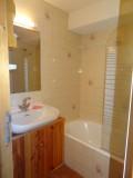 Bois-de-Lune-22-salle-de-bain-location-appartement-chalet-Les-Gets