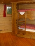 Camomille-chambre-lits-superposes-location-appartement-chalet-Les-Gets