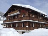 Carry-6-exterieur-hiver-location-appartement-chalet-Les-Gets